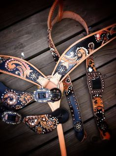 Paisley tack set hand painted by the Cowboy Junkie. You can see her work on FB or her website. Beautiful custom tack