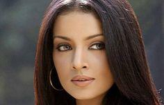 Estrella de Bollywood lidera campaña de la ONU por la igualdad sexual en India Celina Jaitly, que fue Miss India en 2001, presentó un video musical que busca generar mayor tolerancia hacia la homosexualidad, que forma parte de una campaña para revertir el fallo que criminaliza las relaciones homosexuales.