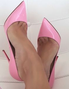 Pink Patent Leather Christian Louboutin Red Bottoms Pointed Toe High Heels