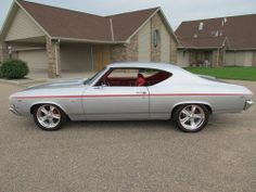 1969 Chevrolet Chevelle SS396/500HP 4spd Pro Tour High $ Resto show