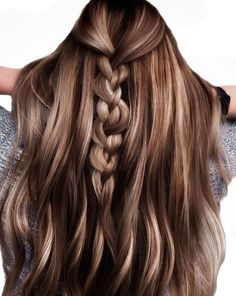 Brown Hair With Blonde Highlights, Brown Hair Balayage, Hair Highlights, Chocolate Brown Highlights, Chocolate Brown Hair Color, Color Highlights, Winter Hairstyles, Pretty Hairstyles, Wig Hairstyles