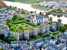 Castelele de pe Valea Loarei, locul cu doza maxima de romantism