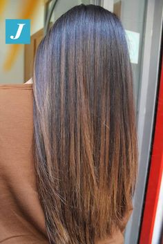 Nutella Vibes _ Degradé Joelle – Rebel Without Applause Brown Hair Balayage, Brown Blonde Hair, Hair Highlights, Bayalage, Pretty Hairstyles, Straight Hairstyles, Medium Brunette Hair, Brunette Color, Honey Brown Hair