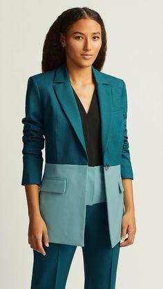 Blazer Outfits, Blazer Dress, Casual Blazer, Work Outfits, Dress Outfits, Blazers For Women, Jackets For Women, Women's Blazers, Business Suits For Women
