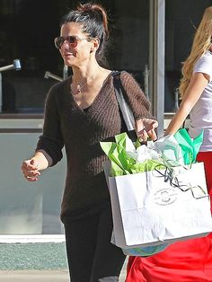 BAG LADY photo | Sandra Bullock