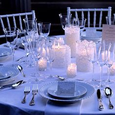 Another tablescape option. Flowerless--yet elegant!