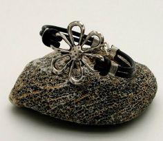 FREE SHIPPING Women's leather braceletBlack leather by eliziatelye, $24.00