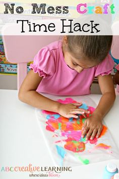 Art and craft time are fun, but very messy! Check out my No Mess Craft Time Hack to keep the fun off your tables and kiddos! - abccreativelearning.com - #pressnsealhacks #pmedia #ad