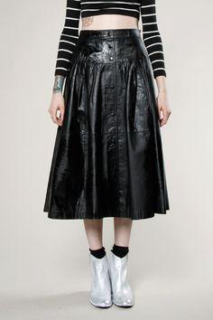 Vintage 80s Black Leather Swing Skirt #leather #vintage #leatherskirt #thriftedandmodern