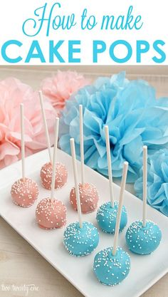 How to make cake pops! LOVE these tips and tricks to get the perfect cake pops! How to make cake pops! LOVE these tips and tricks to get the perfect cake pops! Mini Desserts, Gateau Baby Shower, Baby Shower Snacks, Baby Shower Cake Pops, Easy Baby Shower Cakes, Baby Shower Recipes, Baby Shower Desserts, Comida Para Baby Shower, Bar A Bonbon