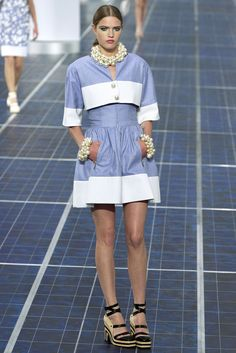 Chanel Spring 2013 Ready-to-Wear Fashion Show - Milana Kruz (Women)
