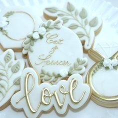 Wedding Shower Cookies, Cookie Wedding Favors, Wedding Desserts, Bridal Shower, Royal Icing Cookies, Shortbread Cookies, Sugar Cookies, Decorated Wedding Cookies, Engagement Party Cookies