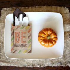 Creative Thanksgiving crafts and tutorials to make your holiday absolutely beautiful! WOW your family and in-laws with these crafty how-to's and fun DIY ideas on decorating, place cards, and the kids table. You'll find Thanksgiving day activities for the kids, Thanksgiving crafts, and menu options with yummy recipes.