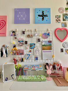 Army Room Decor, Indie Room Decor, Study Room Decor, Cute Room Decor, Aesthetic Room Decor, Pastel Room Decor, Indie Dorm Room, Aesthetic Space, Aesthetic Indie