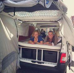 Van life - Peugeot Partner - www.daysontheroad.be