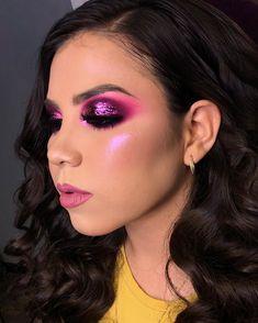 125 purple eyeshadow looks makeup ideas increase charm – page 8 Purple Eyeshadow Looks, Purple Makeup, Colorful Eye Makeup, Glam Makeup, Skin Makeup, Eyeshadow Makeup, Makeup Tips, Beauty Makeup, Makeup Ideas