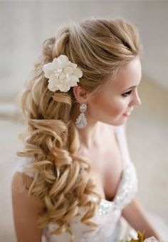 Style Ideas: 20 Modern Bridal Hairstyles for Long Hair - Wedding Hairstyles Half Up Wedding Hair, Wedding Hair And Makeup, Bride Makeup, Wedding Hairstyles For Long Hair To The Side With Veil, Prom Makeup, Bridesmaid Hair Side, Bridesmaids, Side Hairstyles, Bridal Hairstyles