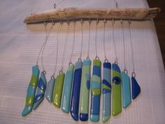 How To Make You Own Glass Wind Chime - Essortment Articles: Free Fused Glass Jewelry, Fused Glass Art, Stained Glass Art, Mosaic Glass, Mosaic Art, Glass Fusing Projects, Stained Glass Projects, Stained Glass Patterns, Glass Fusion Ideas