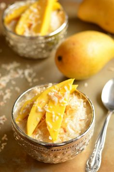 Mango Sticky Rice by coffeeandquinoa: Kind of like an Asian rice pudding, but very quick and easy to make. #Rice #Mango