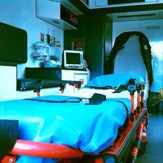 BUENAS NOCHES, BUENA GUARDIA desde VENEZUELA !!  Con esta preciosa imagen del interior de su unidad, una Ford Tritón,  el compañero Jesús Betancourt, nos manda saludos para todos nuestros seguidroes.  Muy buenas noches y buena guardia a los que quedáis de servicio cuidándonos. Boa noite e boa guarda vigiando aqueles que permanecem em serviço. http://www.ambulanciasyemergencias.co.vu/2015/08/VENEZUELA.html  #ambulancia #emergencias #tes #tts #siv #sva #svb #inem