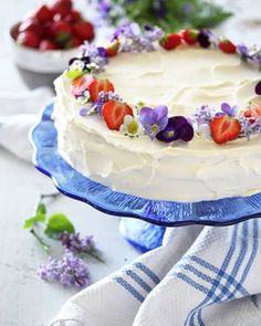 Daimkake - krem.no Pavlova, Vanilla Cake, Desserts, Food, Tailgate Desserts, Deserts, Essen, Postres, Meals