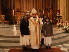 Le 2 février, célébration de la Présentation de Jésus au temple, les religieuses et les religieux du diocèse ont fêté la journée mondiale de la Vie consacrée autour de Mgr Dufour.