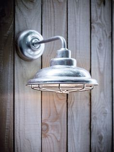 10 easy pieces barnhouse style outdoor lighting lights 10 easy pieces barnhouse style outdoor lighting lights industrial and outdoor lighting mozeypictures Image collections