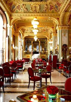 Sumptuous elegance at the luxury Tearoom known as the New York Coffee House, part of the Boscolo Hotel Budapest, Hungary