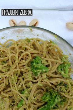 Spaghetti mit Brokkoli Pistazien  Pesto | Spaghetti with Broccoli Pistacio Pesto