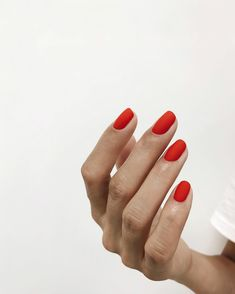 Discover new and inspirational nail art for your short nail designs. Minimalist Nails, Minimalist Chic, Minimalist Design, Short Nail Designs, Cool Nail Designs, How To Do Nails, Fun Nails, Chic Nails, Cute Acrylic Nails