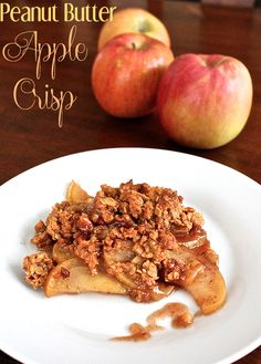 Make a tasty variation on an American classic with this Peanut Butter Apple Crisp! Amazing!