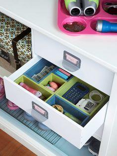 organizing drawers, drawer organization, entryways, organizations, drawer divid, desks, family organization, desk drawer, kitchen drawers
