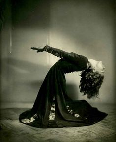 Leslie Burrowes by Lenare, early 1930s