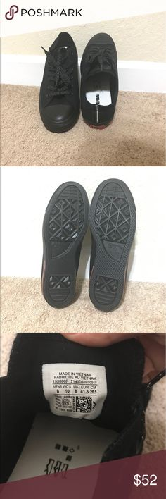 Converse made in Vietnam/ never use Converse made in Vietnam / man / size 8 Converse Shoes Sneakers