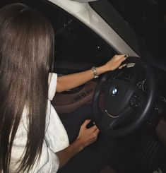 Badass Aesthetic, Bad Girl Aesthetic, Car Poses, Bmw Girl, Girls Driving, Cute Poses For Pictures, Luxury Lifestyle Fashion, Bmw Love, Mode Boho