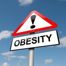 obesitas, dat is ook iets wat in me opkomt als ik naar de vrouw kijk