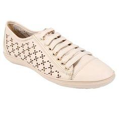 Shoestock Tênis Feminino Off White de Couro 179,90
