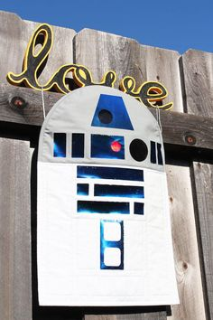 R2D2 Wall Hanging Quilt