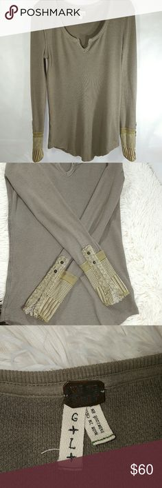 💚NEW LOW PRICE💚FREE PEOPLE KYOTO IN MUSHROOM This color of Kyoto is rare and hard to find.  It is called Mushroom but has an olive tint and the stripes on the cuffs are also an olive green color.  The Kyoto is my favorite thermal!  But I have 2 others so I needed to part with one. Free People Tops Tees - Long Sleeve