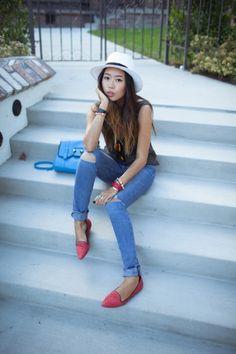 Me encantan estos slippers.. Convierten un look sencillo en uno con estilo. Genial con el sombrero!
