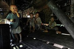 Burmese refugee family, Thailand | International Rescue Committee (IRC)