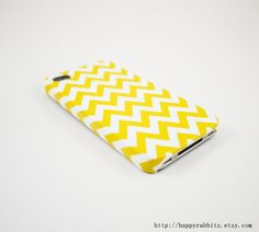 Hey, I found this really awesome Etsy listing at http://www.etsy.com/listing/115217630/yellow-chevron-iphone-5-case-iphone-5