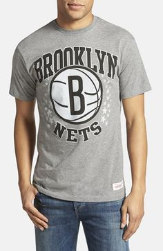 Men's Mitchell & Ness 'Brooklyn Nets - Shooting Stars' Tailored Fit Graphic T-Shirt