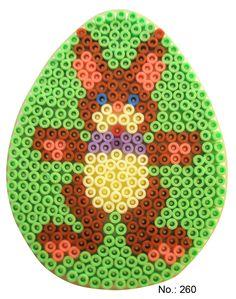 Easter egg hama perler pattern - HAMA http://www.creactivites.com/234-plaques-perles-a-repasser-midi-hama