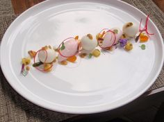 Love this plating idea.  Might have to use this one.