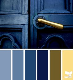 I LOVE Design Seeds color palettes and the images they have chosen to pick the colors from, but I don't always - usually - agree with their choice of colors... So with this, too, I changed the colors. To see the original, follow the link