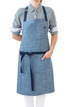 The Turbot chef apron is inspired by the highly prized North Atlantic fish, hailed for its delicate flavor. Made with beautifully textured chambray canvas.