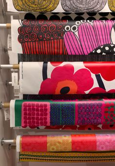Marimekko field trip in Beverly Hills | Oh Joy (ohjoy.blogs.com) Painting Patterns, Fabric Patterns, Print Patterns, Hanging Quilts, Textile Design, Fabric Design, Pattern Design, Print Design, Marimekko Fabric