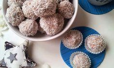 Sladké jáhlové kuličky s kokosem a oříšky