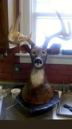 how to make a deer head cake - this will be helpful in a couple months